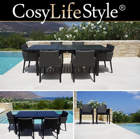 Spiseborde og spisebordsstole til middage på terrassen